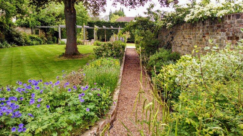 Beautiful gardening care in Hertford